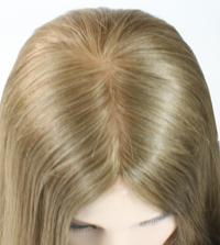 Monofilament-Tressen-Frisur mit Scheitel